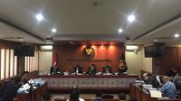 Dewan Kehormatan Penyelenggara Pemilu (DKPP) menggelar sidang laporan Ketua Umum Partai Hanura Oesman Sapta Odang (OSO) terhadap KPU, atas dugaan pelanggaran kode etik.