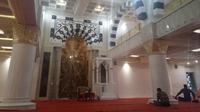 Masjid Suciati Saliman di Sleman berawal dari lima ekor ayam