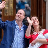 Kelahiran anak ketiga Kate Middleton - Pangeran William. (Twitter/KensingtonRoyal)