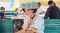perempuan Ukraina yang setiap hari mengenakan busana abad ke-19 (Dok.Instagram/@your_sunny_flowers/https://www.instagram.com/p/CFwHl0ABYLH/?utm_source=ig_embed/Komarudin)