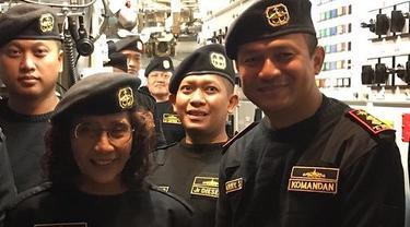 Turut Bela Sungkawa, Ini 6 Potret Kenangan Susi Pudjiastuti dengan Kolonel Harry Setyawan