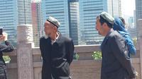 Pria etnis Uighur di Urumqi, Xinjiang (Liputan6/Arie Mega Prastiwi)
