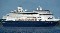 Kapal Cruise Pacific Eden pertama kalinya bersandar di pelabuhan Benoa, Bali.