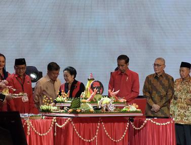 Jokowi - Ma'ruf Amin Hadiri HUT ke-46 PDIP