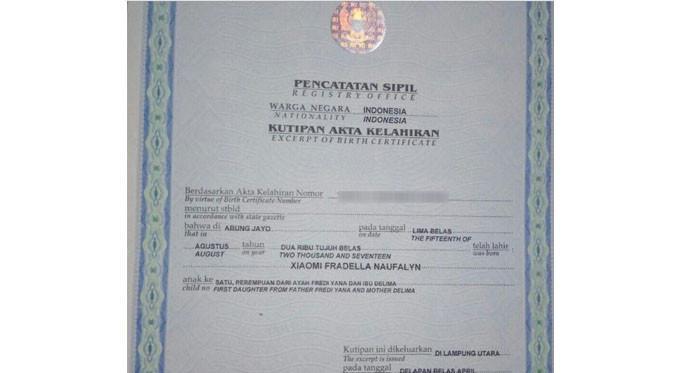 Akta lahir anak perempuan asal Lampung dengan nama Xiaomi (Foto: Ist)
