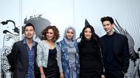Group vokal Bukan Bintang Biasa (BBB) yang diawaki Raffi Ahmad, Chelsea Olivia, Dimas Beck, Ayushita dan Laudya Chyntia Bella ingin kembali eksis di pentas musik. (Andy Masela/Bintang.com)