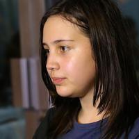 Selain Roweina, salah satu yang sangat terpukul dengan kepergian James Sahertian adalah anaknya, Sharon Sahertian. (Foto: Galih W Satria/Bintang.com)