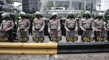 FOTO: Penjagaan Ketat Polisi di Sekitar Gedung DPR