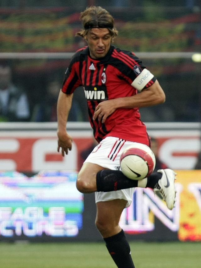 Tiru Jejak Sang Ayah, Maldini Jr Ingin Jadi Legenda AC Milan - Bola  Liputan6.com