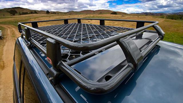 Ketahui Hal Ini Sebelum Pasang Roof Rack Di Mobil