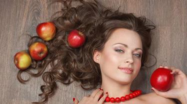 4 Cara Alami Sembuhkan Jerawat Meradang Pakai Cuka Apel Beauty Fimela Com