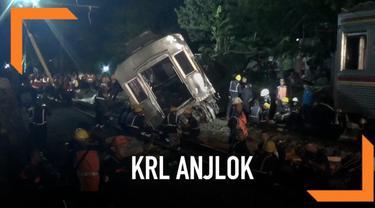 PT KAI akhirnya berhasil mengevakuasi seluruh gerbong KRL yang anjlok di perlintasan Kebon Pedes, Kota Bogor, Jawa Barat. Meski belum bisa maksimal, warga sudah bisa menggunakan kembali KRL dari dan menuju stasiun Bogor.