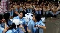 Puluhan senjata tajam juga ikut disita dalam razia ratusan pelajar yang hendak tawuran di Bogor, Jawa Barat (Liputan 6 SCTV).