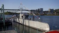 Kapal ini sekaligus menjadi langkah pertama mengirimkan kapal-kapal kargo tak berawak antar negara, demikian menurut para pejabat militer. (Sumber Reuters)