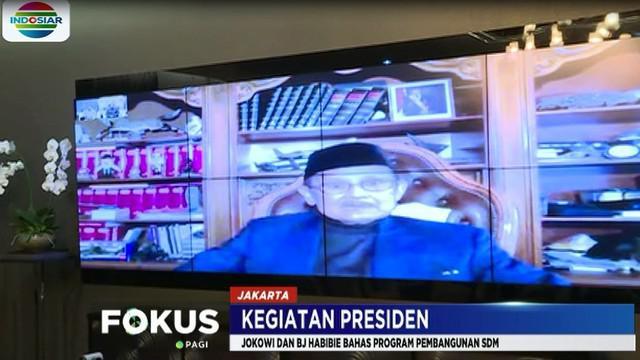 Presiden menyatakan bahwa BJ Habibie menyambut baik program pemerintah tersebut dan menyatakan bahwa pendidikan vokasi harus ditekankan.