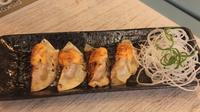Inilah cara buat camilan enak dan mengenyangkan dari Jepang, Gyoza. (Foto : Gyoza Bar)