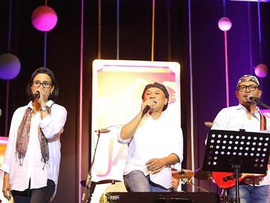 Tanpa basa basi lagi,  para personel Elek Yo Band langsung menggebrak panggung Java Jazz 2018 di Hall B 1 JIExpo Kemayoran, Jakarta Pusat Jumat (2/3/2018).  (Bambang E Ros/Bintang.com)
