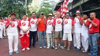 Wakil ketua MPR RI Oesman Sapta melepas peserta jalan sehat dalam rangka HUT Kemerdekaan RI ke-71 di Kuningan Timur, Jaksel.