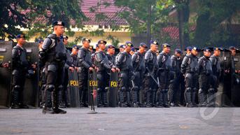2 SSK BrimobDikerahkan Bantu Buru DPO KNPB yang Serang Pos TNI di Maybrat