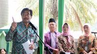 Wakil Gubernur DKI Djarot Saiful Hidayat saat memberi kata sambutan dalam acara peresmian 15 Rumah Sakit Umum (RSU) tipe D di RSU Kecamatan Pesanggrahan, Jakarta, Kamis (2/4/2015). (Liputan6.com/Helmi Afandi