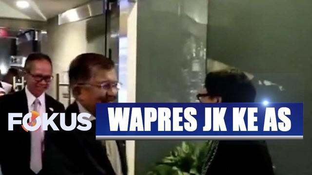 Kedatangan Wapres JK disambut Menlu Retno Marsudi, Menteri Komunikasi dan Informatika Rudiantara, dan Menteri Energi dan Sumber Daya Mineral Ignatius Jonan.