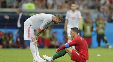 FOTO: Cristiano Ronaldo Hattrick, Portugal Tahan Imbang Spanyol