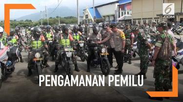 POLRI dan TNI menggelar patroli bersama di daerah Jawa Barat jelang pencoblosan tanggal 17 April mendatang. Kapolda Jabar dan Pangdam III Siliwangi patroli berboncengan menggunakan motor.