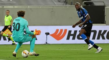 Inter Milan Cukur Shakhtar Donetsk