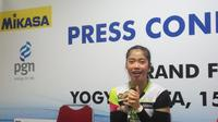 Kapten Jakarta Pertamina Energi Novia Andriyanti menyebut sukses timnya menjuarai Proliga 2018 karena kekompakan tim dan dukungan pelatih serta manajemen. (Liputan6.com/Switzy Sabandar)