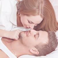 Bingung bagaimana caranya memulai pembicaraan tentang seks dengan pasangan? Simak ini. (iStockphoto)