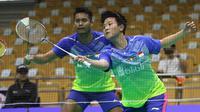 Tontowi Ahmad/Liliyana Natsir lolos ke perempat final Kejuaraan Asia Bulutangkis 2018 setelah mendepak pasangan Thailand, Tinn Isriyanet/Pacharapun Chochuwong, 21-16, 21-15, di Wuhan Sport Center, Kamis (26/4/2018).  (PBSI)