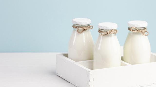 Susu Kedelai yang Bervarian Rasa dan Teh dalam Kemasan