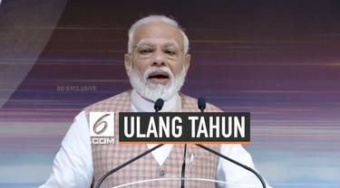 Perdana Menteri India, Narendra Modi merayakan ulang tahunnya yang ke-69. Ia mendapat banyak ucapan selamat dan doa dari warganet di media sosial khususnya Twitter.