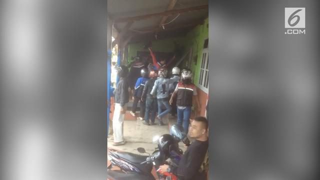 Akibat penyerangan ini, 7 orang dari ojek online mengalami luka-luka. Aksi penyerangan ini terekam kamera warga dan tersebar di media sosial.