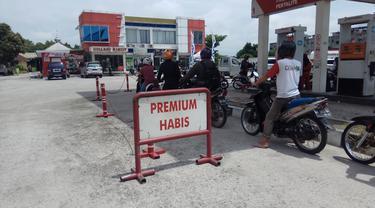 Di Pekanbaru, Premium Lebih Gampang Didapat di Pedagang Eceran
