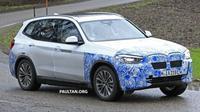 BMW secara intensif melakukan pengujian SUV X3 versi all-electric yaitu iX3. (Paultan)