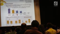 Salah satu slide yang ditampilkan saat RUPST SCMA di SCTV Tower, Jakarta, Kamis (18/5). SCMA membagikan dividen sebesar Rp 73 per saham dari laba bersih tahun buku 2016. (Liputan6.com/Faizal Fanani)