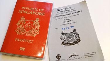 Paspor Singapura. (ProjectManhattan/Wikimedia)