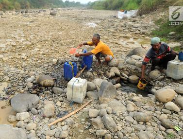 Kemarau Panjang, Warga Perbatasan Bogor - Bekasi Krisis Air Bersih