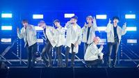 Konser BTS yang berjudul The Wings Tour jadi salah satu konser yang heboh. Boyband asal Korea ini berhasil menghipnotis para penggemarnya. (foto: btsdiary.com)