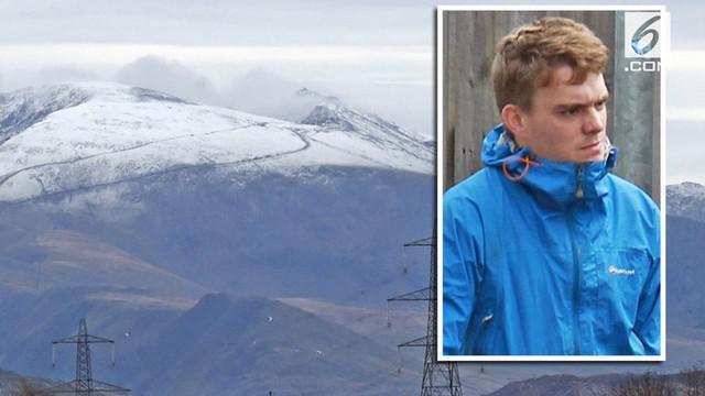 Michael Cuminskey telah berkali-kali mengelabui petugas penyelamat agar dapat selfie saat sedang diselamatkan.