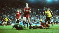 Liverpool kalah 0-2 dari Arsenal pada pekan terakhir Liga Inggris 1988-1989 di Stadion Anfield, 26 Mei 1989. Kekalahan itu membuat The Reds gagal merengkuh trofi juara liga. (dok. Arsenal)