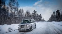 London Taxi Company (LTC) melakukan uji coba yang cukup ekstrem di Kutub terhadap unit barunya (black cab).