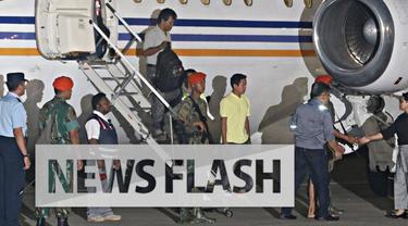 Tercatat 10 warga negara Indonesia (WNI) korban penyanderaan Abu Sayyaf tiba di Lanud Halim Perdanakusuma Minggu malam. Salah seorang negosiator pembebasan sandera, Eddy Mulya, membeberkan usahanya membebaskan para sandera tersebut.