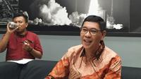 Komisaris independen PT Krakatau Steel (Persero) Roy Maningkas mundur dari jabatannya.