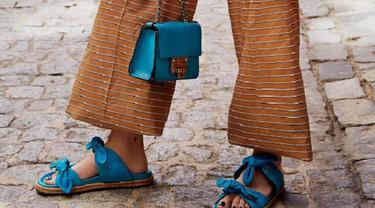 Wajib Punya, Sandal Pita yang Trendi dan Stylish