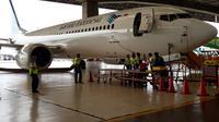 Direktorat Kelaikudaraan dan Pengoperasian Pesawat Udara (DKPPU) Bandara Soekarno-Hatta melalukan inspeksi terhadap pesawat jenis Boeing 737 Max 8 yang terparkir di Bandara Internasional Soekarno Hatta (Soetta), Kota Tangerang.