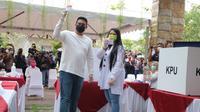 Bobby Nasution dan Kahiyang Ayu gunakan hak pilih di Pilkada Medan