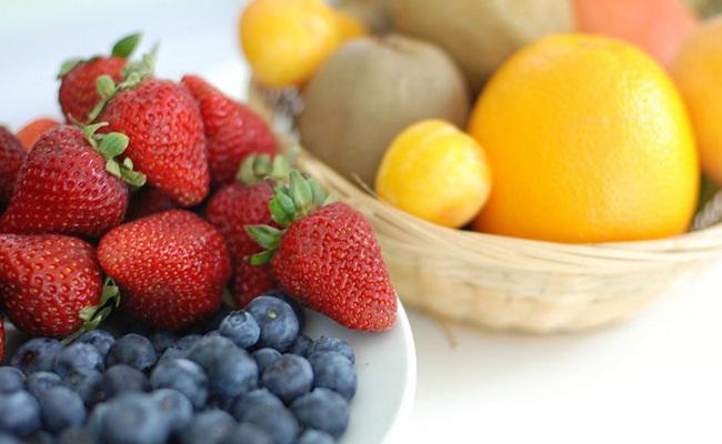 Makanan kaya serat dan vitamin C sangat baik menjaga kesehatan paru-paru/copyright Pexels.com