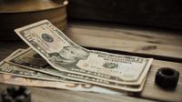 ilustrasi uang | pexels.com/@natasha-che-2900496
